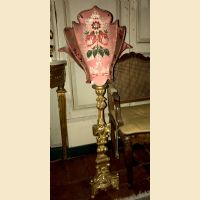 Ventola con ricami antichi per candelabro del 700